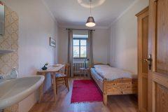 Einzelzimmer-2-scaled